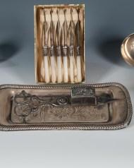 Lot 249: Miscellaneous Silver Pieces