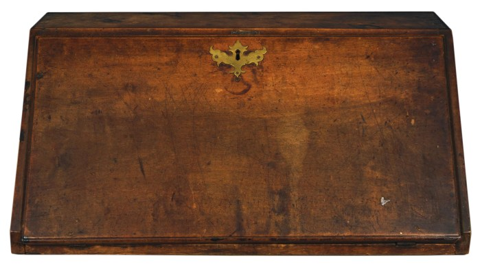 Lot 95: 18th c. Slant Lid Table-Top Desk