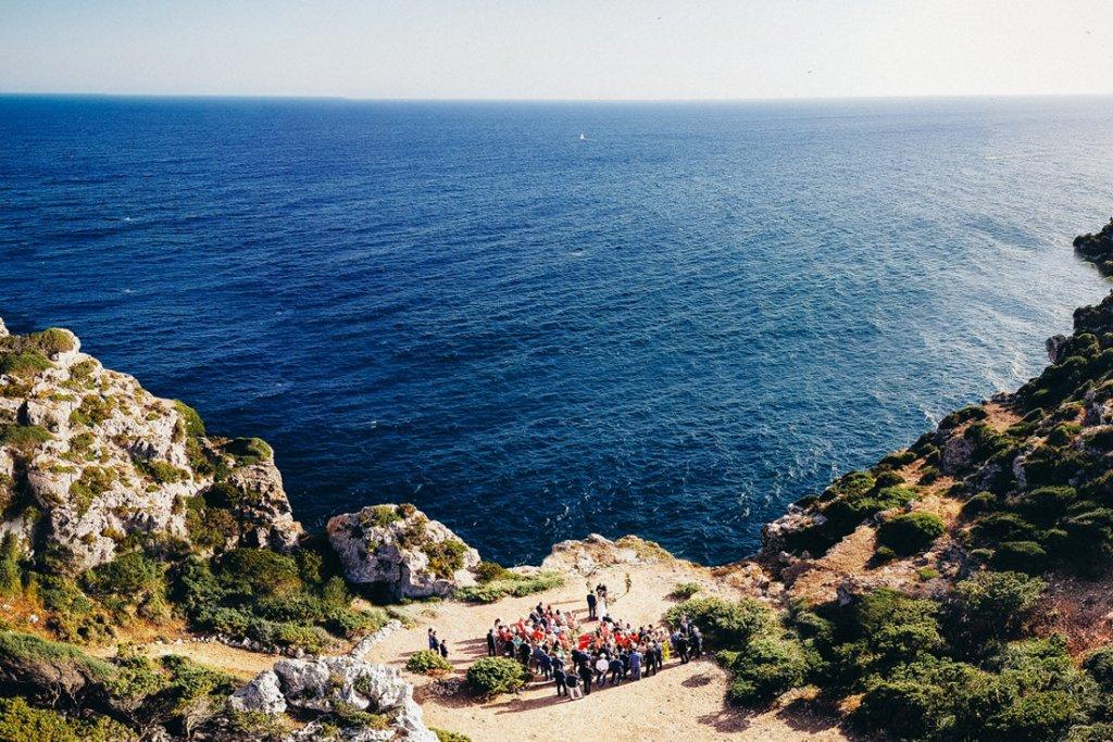 boda acantilado menorca mallorca ibiza formentera boda en la playa fotografia de boda 017