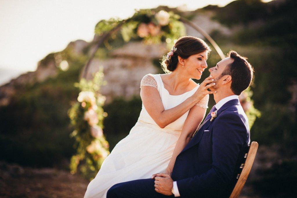 boda acantilado menorca mallorca ibiza formentera boda en la playa fotografia de boda 026