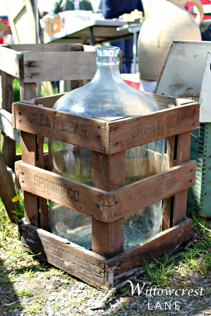 How great is this crate with the glass inside? Stick some stems in there and call it good.