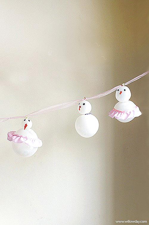 ballerina-snowman-ballooons