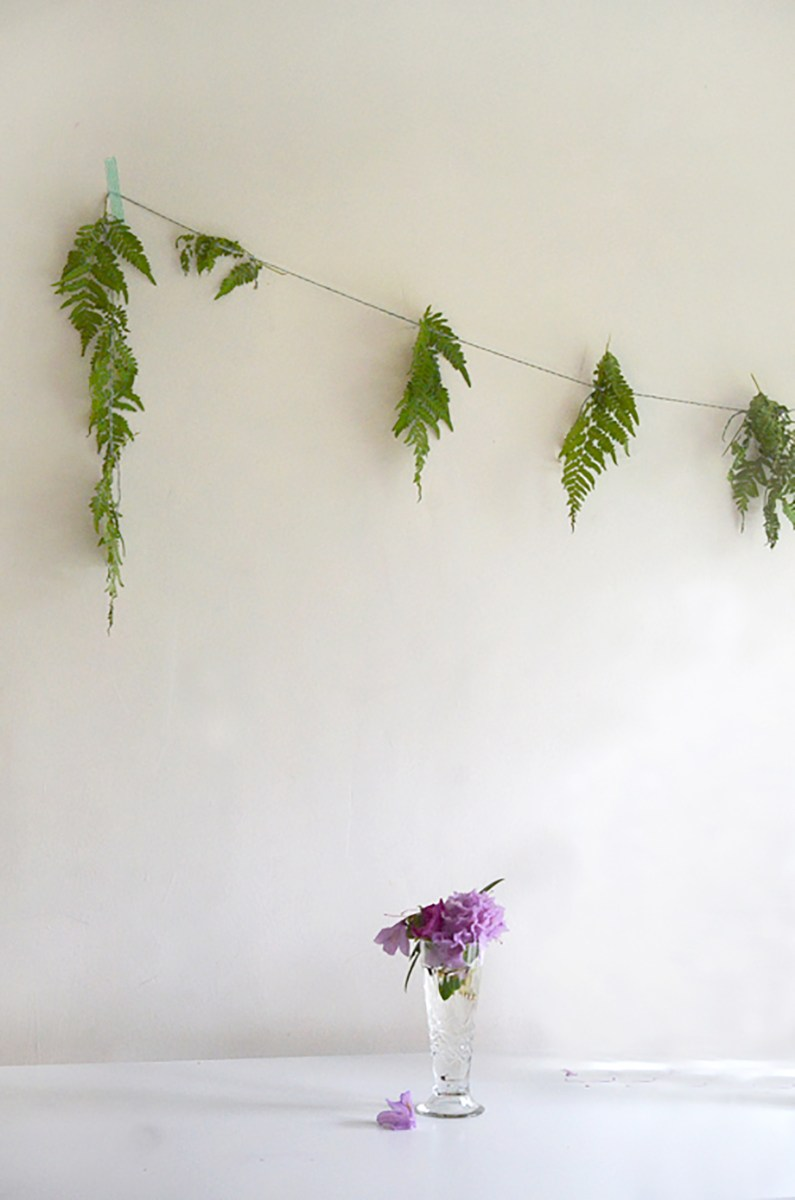 Make the Easiest Fern Garland --- ever