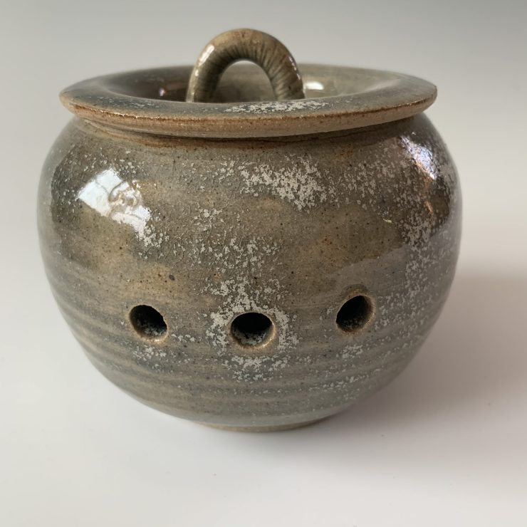 Garlic jar blue