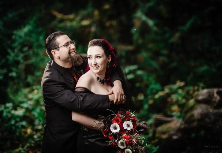 005 - gothic style wedding photos
