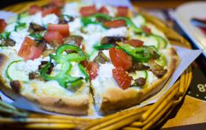 #willyspizza, #willys, #vegetarian, #veggy, #vegan, #arkadia, #tomato, #feta, #oliveoil, #pepper, #zucchini, #eggplant