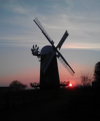 February sunset - Image courtesy of Susie Brew