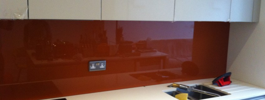 Kitchen-Splashbacks-Installation-3