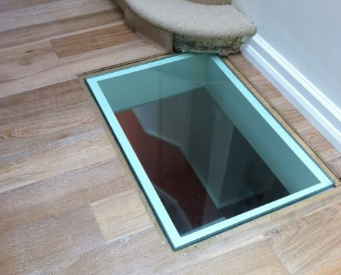 glass-floor-light-1