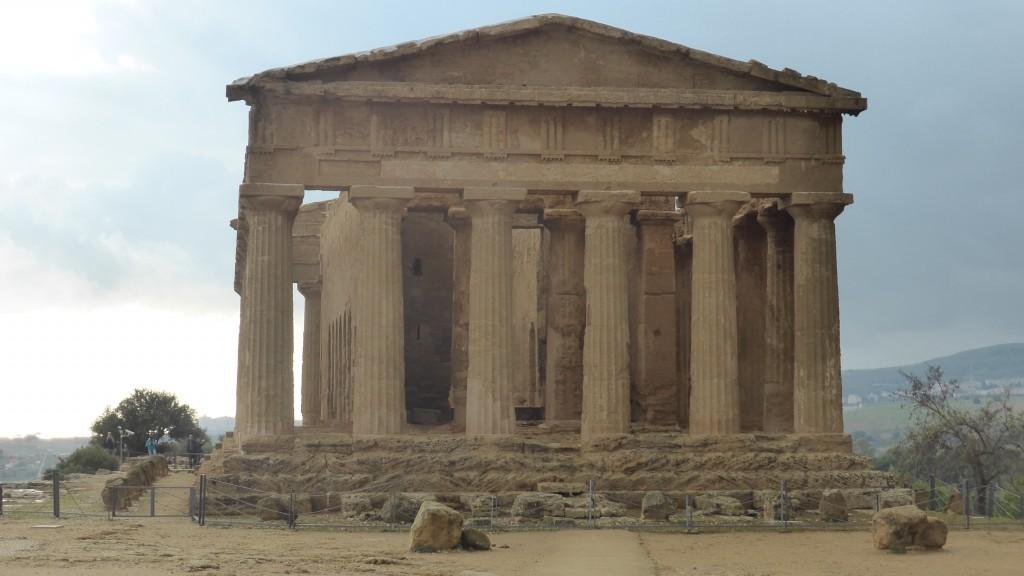 P1070432 Valle dei Tempi - Agrigento