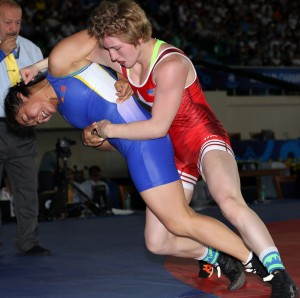Whitney Conder (right) edged Sumiya Erdenechimeg (Mongolia) on criteria. (Bob Mayeri image)