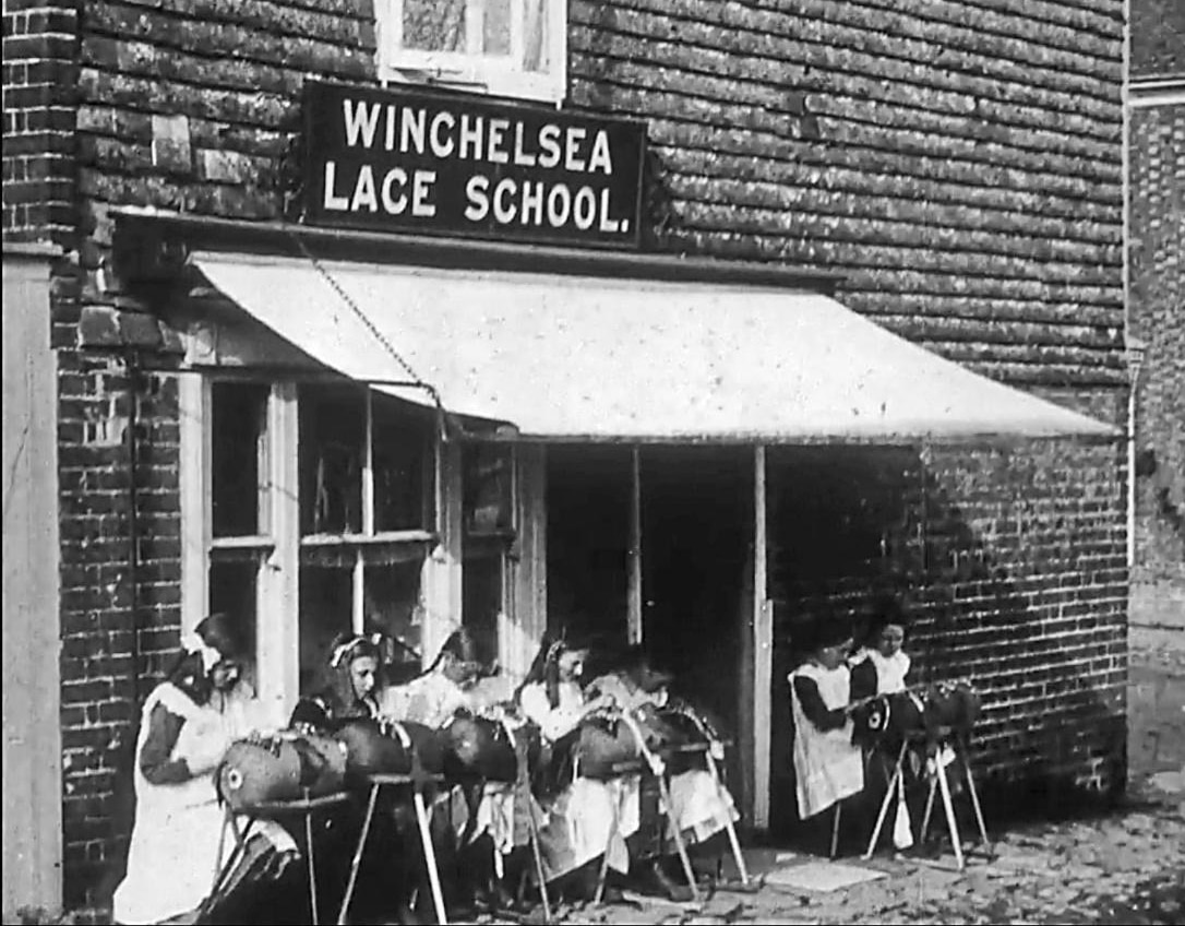 Outside_Winchelsea_Lace_School