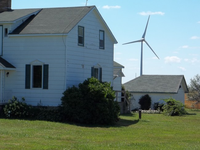 KIncardine area house w turbine