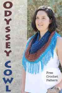 The Odyssey Cowl is a light and unique fall accessory. This free crochet pattern is quick and easy and great for beginners. It makes a wonderful roadtrip project or christmas gift. Pair this with a light jacket and jeans and you have a perfect fall outfit. #crochet #freepattern #fallcrochet #fall #handmadegift