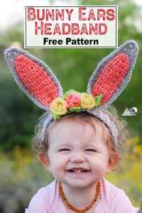 Crochet bunny ears headband with flowers for a child in your life. This is the perfect accessory for easter and spring photos. This free crochet pattern will walk you through the steps to make this baby headband. #crochetheadband #eastercrochet #springcrochet