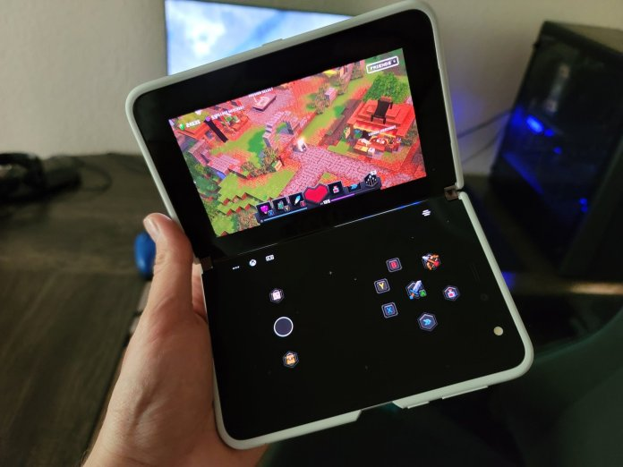 Surface Duo Xbox Cloud Gaming Editorial Live