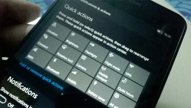 Windows 10 Mobile Build 14322 review
