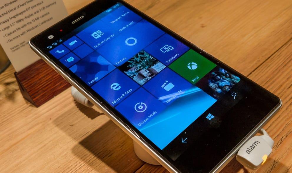 Microsoft slams the last nail into Windows Mobile's coffin: