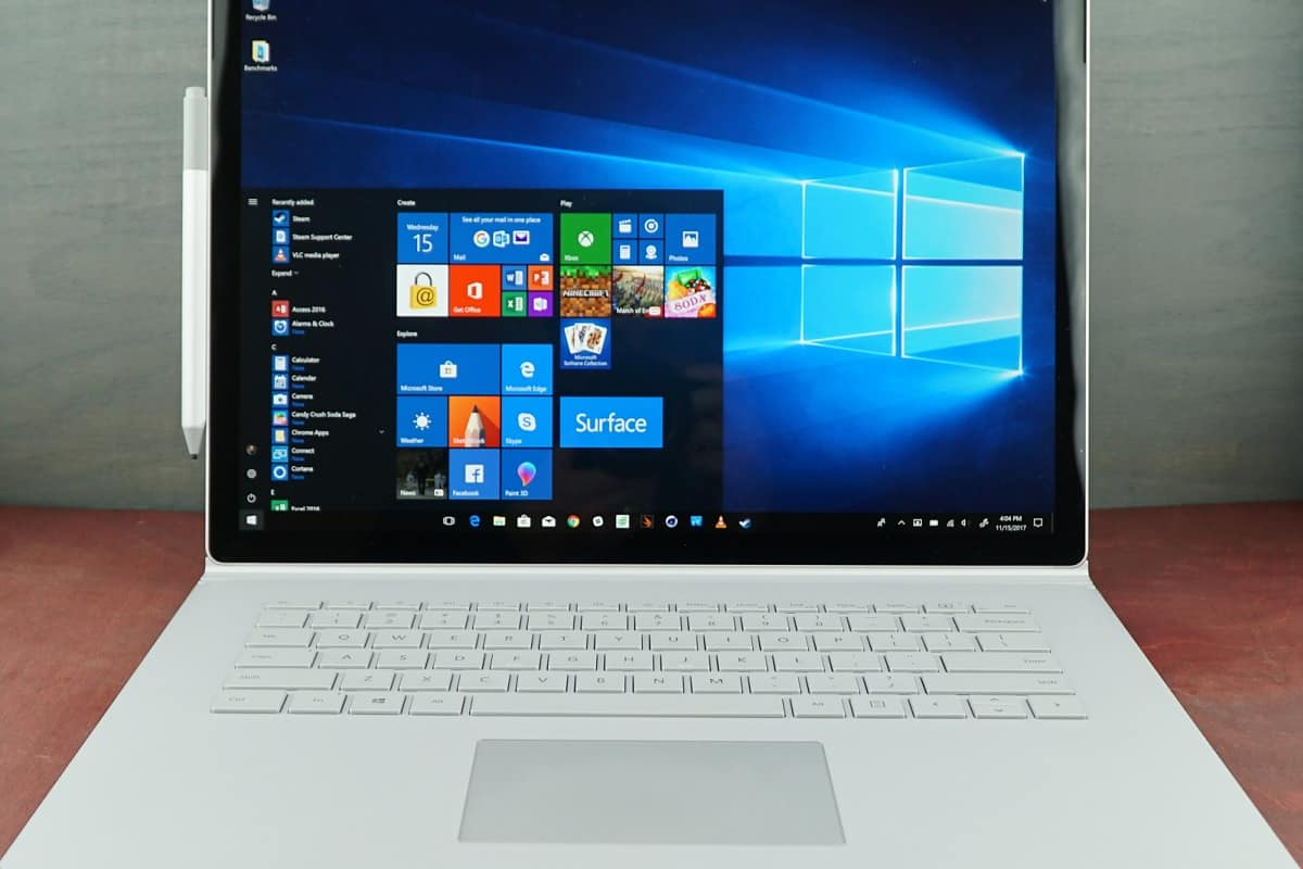 how to make a password windows 10