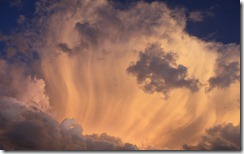 stunning clouds thumb Windows Live Clouds Themepack for Windows 7