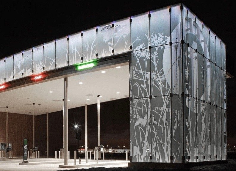 Five Reasons Decorative Window Film is Preferred for Privacy & Branding - Decorative Glass Films for the Omaha, Nebraska area