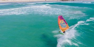 3_South_Africa_Langebaan_Windsurf_Holiday_wave_sailing_1024x602