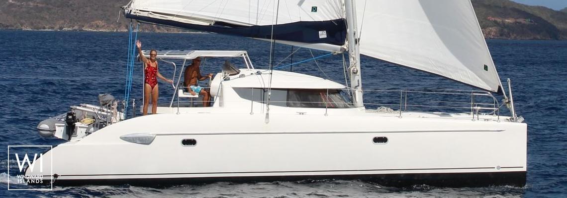 Yacht Charter Fountaine Pajot Lavezzi 40 2005 8 Pax