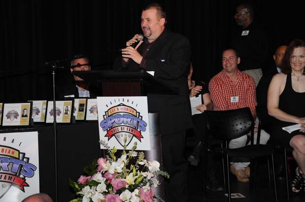 Bill Gubrud at Podium | Hal Baim for Windy City Media Group