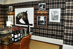Great wines and Ralph Lauren Home Decor in the town of Yountville, Napa ValleyGreat wines and Ralph Lauren Home Decor in the town of Yountville, Napa Valley (Edgar Solis)