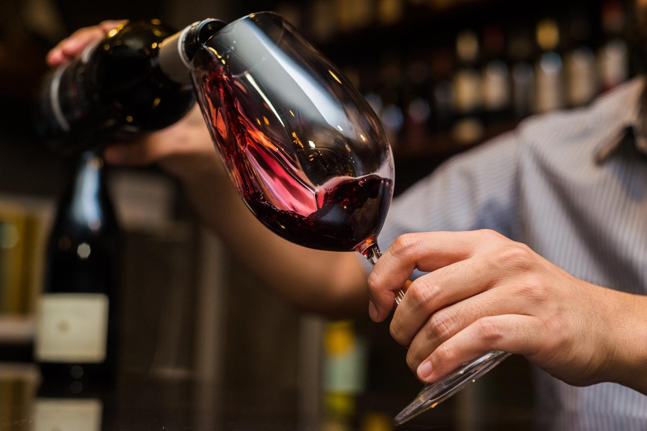 Como servir vinhos | Winepedia
