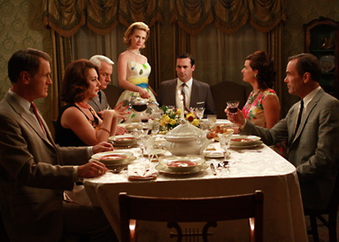 Mad-men-un-diner-avec-du-vin