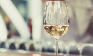 bicchiere per degustare un vino