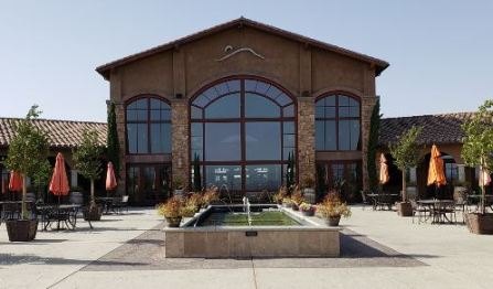 View of Monte De Oro's tasting room from the patio