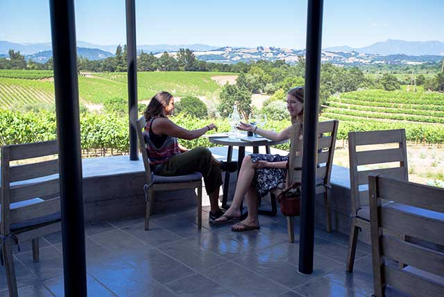 MacRosite seated wine tasting