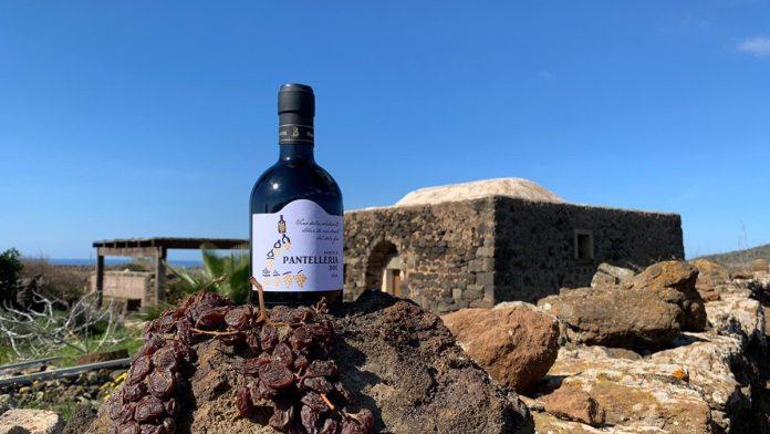 Passito di Pantelleria DOC 2018 di Marco De Bartoli prende il nome Passito della Solidarietà