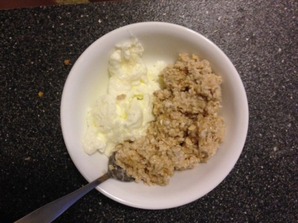 Eat to Perform pre-workout meal of 3/4 cup oatmeal, 1/2 cup egg whites, 1 tbsp honey