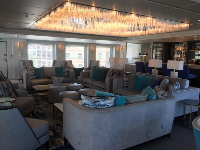 The Cove Lounge & Bar