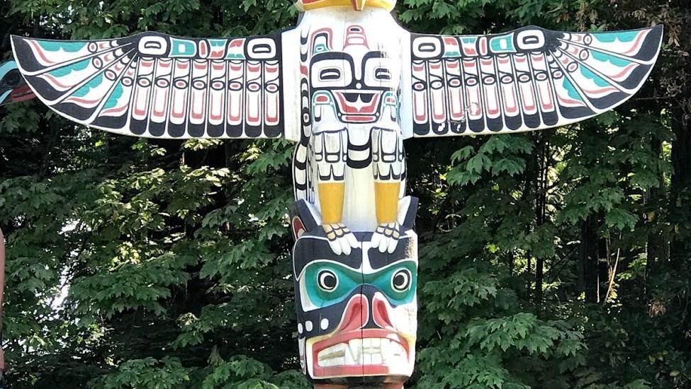 House Totem Pole