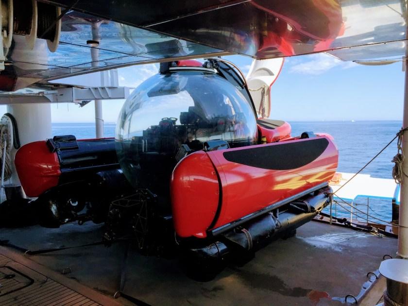 Crystal Espirit Red Submersible
