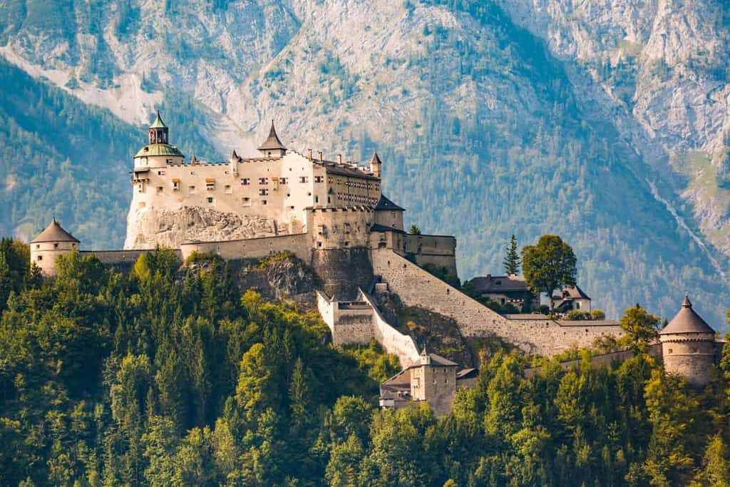 15 Stunningly Beautiful Castles To Visit In Europe