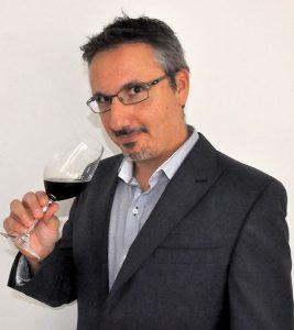 Isaac Fernández - Autor