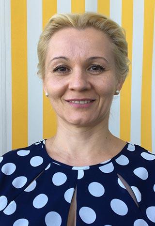 Portrait von Aleksandra Abkhalikova