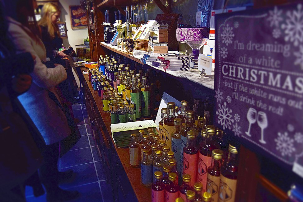 Ely Gin Company - The Ely christmas fair 2016 - www.wingitwithjade