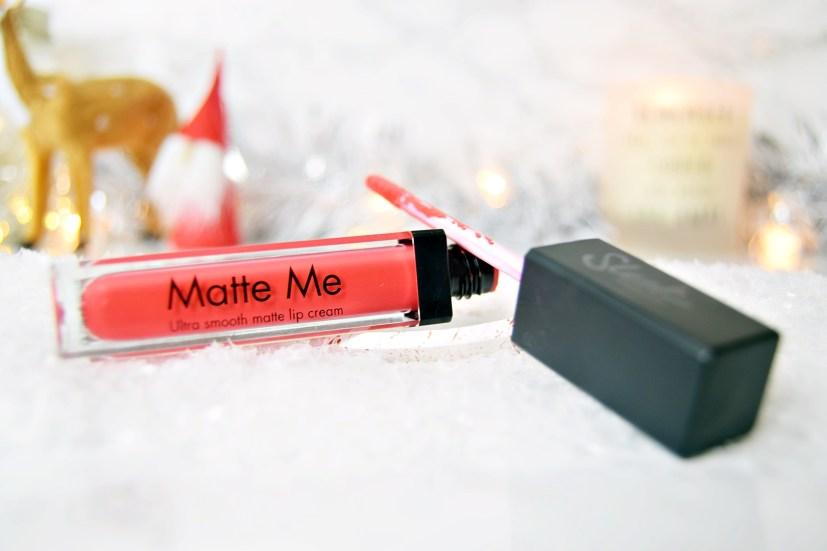 Sleek Party Pink - Top Five Festive Lipsticks - www.wingitwithjade