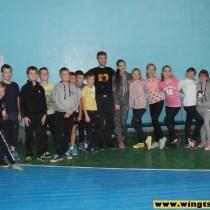 Самооборона в одной из школ Киевской области 1