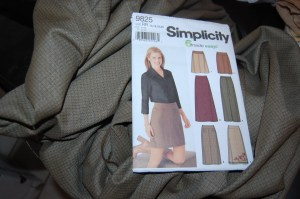 Simplicity 9825 - at your service