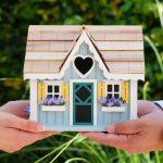 Real estate market trends _ Couple m
