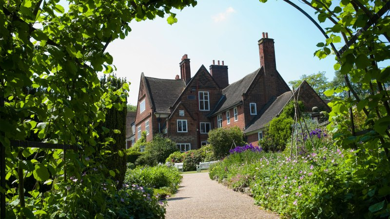 winterbourne house through the nutwalk