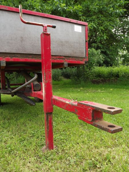 Jockey wheel stand, The Comedy of Errors, Winterbourne House and Garden, Digging for Dirt