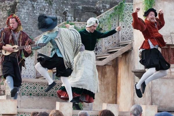 Actors perform Twelfth Night